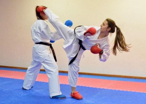 Rebecca Bartolotta Karate Club Valais