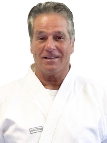 Jean-Claude Knupfer 6e Dan Karate Club Valais Sion Suisse