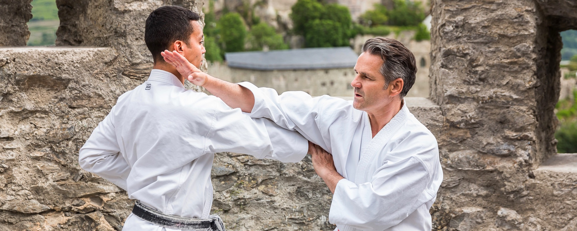 Olivier Knupfer 7e Dan Hugues Michaud 5e Dan Karate Club Valais Sion Suisse Switzerland